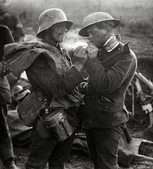 history of the christmas truce of 1914 peace in the wwi trenches - Wwi Christmas Truce